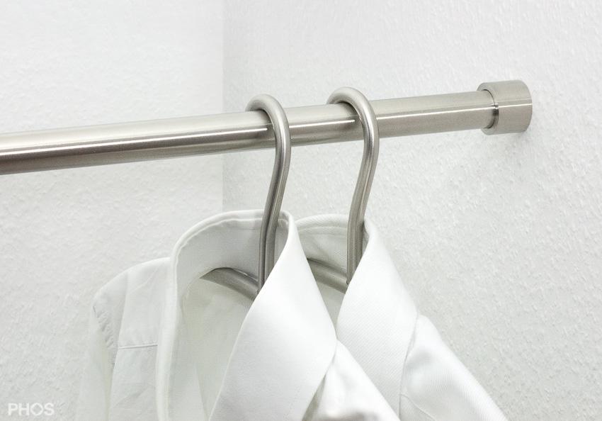 Wandgarderobe edelstahl h ngegarderobe for Garderobenstange design