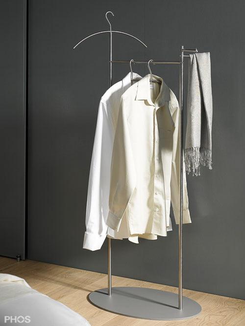 herrendiener garderobenst nder edelstahl design silent bob im objekt. Black Bedroom Furniture Sets. Home Design Ideas